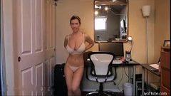 تصوير ويريد أن يرسل تصوير غزر عارية مع الثدي لها كبير