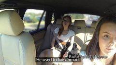 بيت السائق امرأة يقترح عميل الإناث في بوسها لعق بعضها البعض