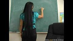 امرأة سمراء المعلمين الذين يمارسون الجنس مع طالبة