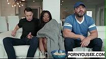 امرأة سوداء تمارس الجنس مع صديق زوجها