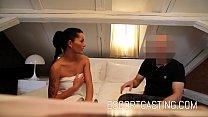 يمارس عاهرة سمراء الجنس مع أحد الجيران المتزوج من امرأة أخرى