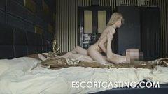 فتاة جميلة في سن المراهقة يحتاج الجنس الشرير