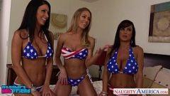 ثلاث سيدات يريدون ممارسة الجنس الجماعي