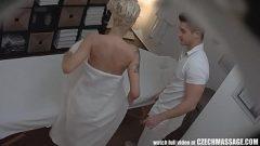 مارس الجنس مع الرجل الهواة